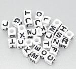 Бусины акрил. алфавит квадратУТ0000023 1 г